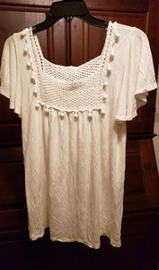White cotton top with macrame highlight